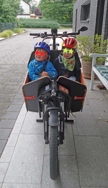Gustaf mit Kindern